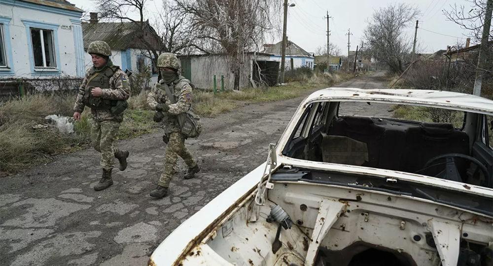 烏克蘭軍人在頓巴斯
