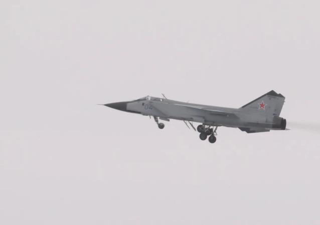 米格-31BM的飛行