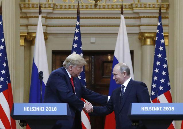 特朗普認為普京喜歡他並且他們相互喜愛