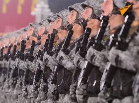 朝鮮檢閱新型導彈