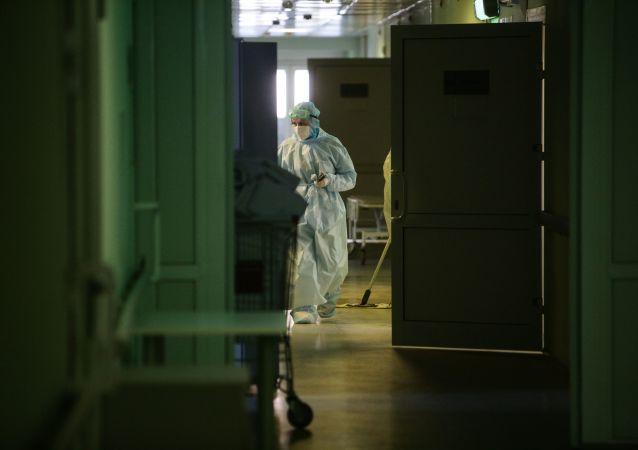 俄防疫指揮部:俄單日新增新冠病毒感染病例9021例 累計超457.2萬例
