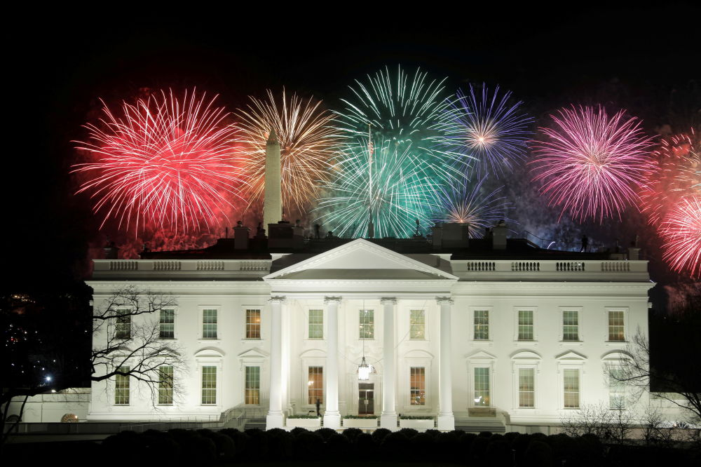 美國總統就職典禮慶祝焰火在白宮上空燃放