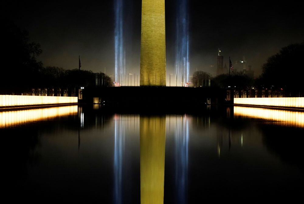美國第46任總統就職典禮當日的華盛頓紀念碑