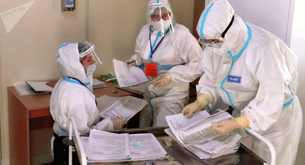 俄羅斯新增新冠病毒感染病例18241例,這是自去年11月3日以來首次低於1.9萬例