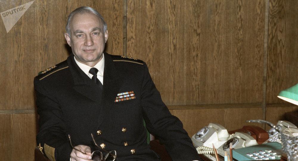 俄羅斯海軍前總司令格羅莫夫 (資料圖片)