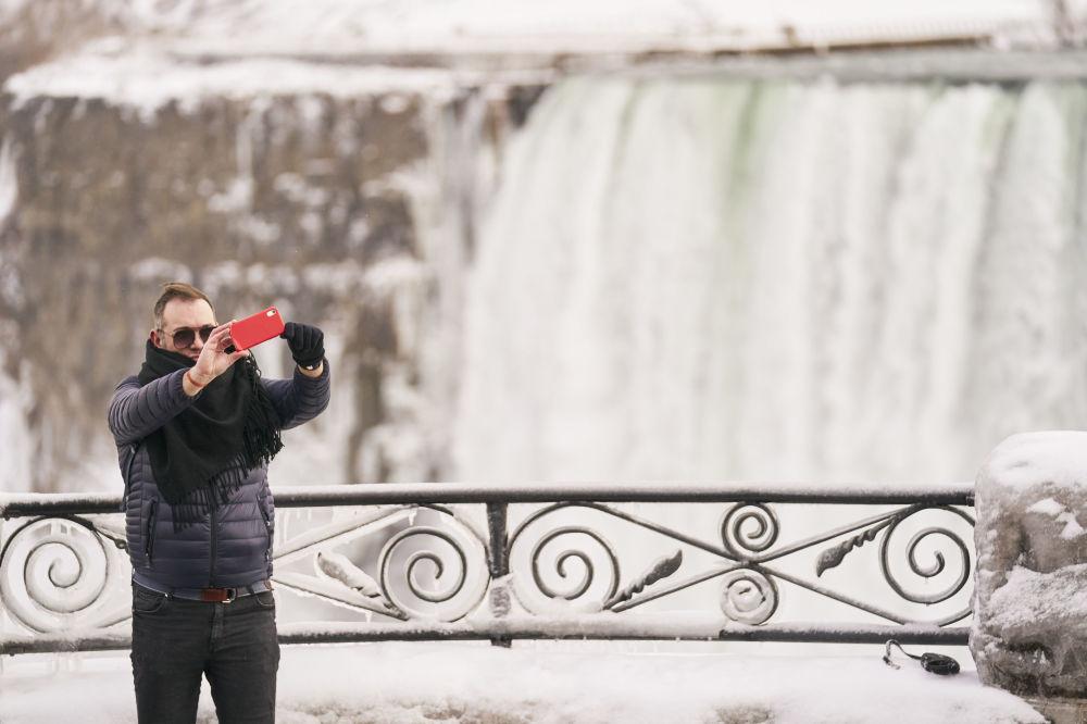 當蒸汽變成冰:尼亞加拉大瀑布的冬天