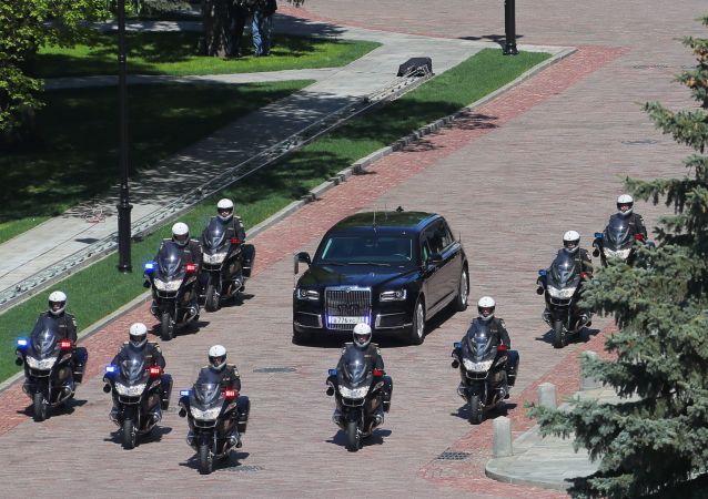 克宮內的普京總統車隊Aurus座駕