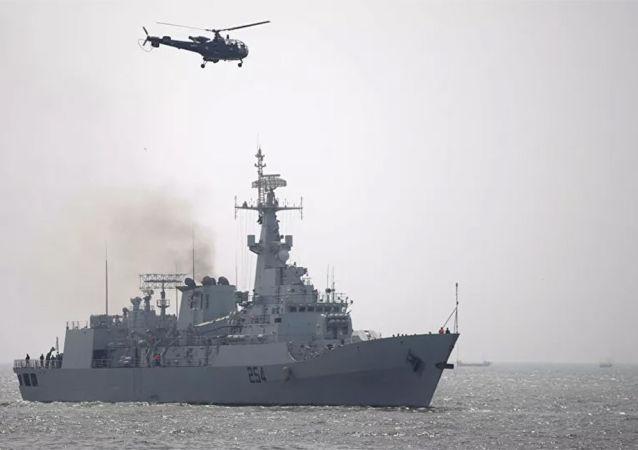 巴基斯坦海軍參謀長尼亞齊:歡迎中國航母編隊未來訪巴