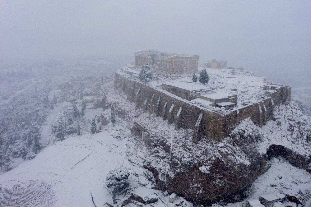 雅典衛城的雪景。