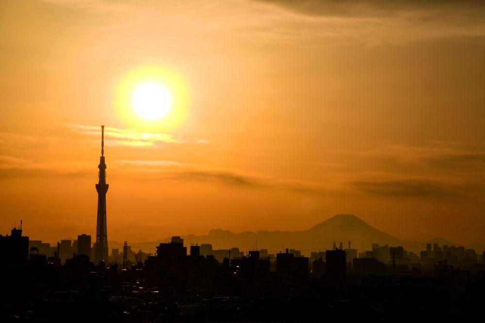 日本,日落時分的東京。