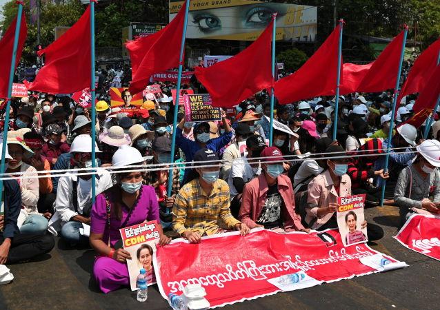 美國對兩位緬甸將軍實施制裁