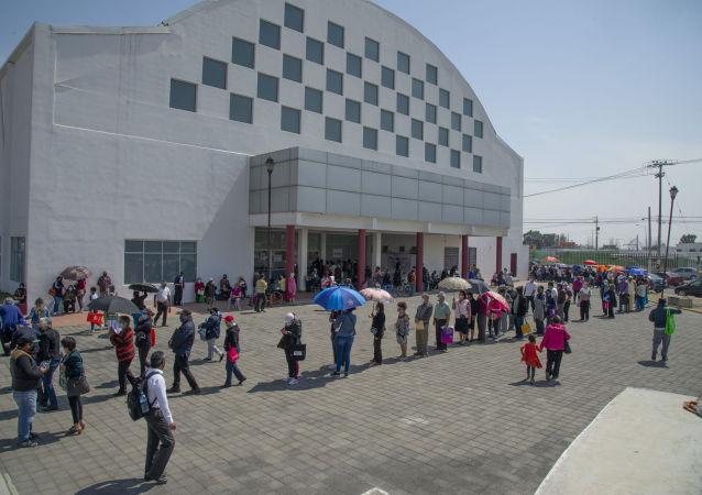 墨西哥開始接種中國科興新冠疫苗