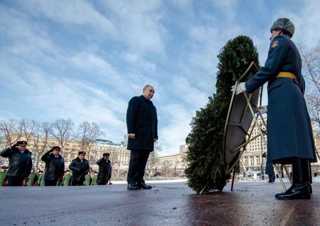 克宮:普京更願意不戴帽子出席儀式 他身體健康