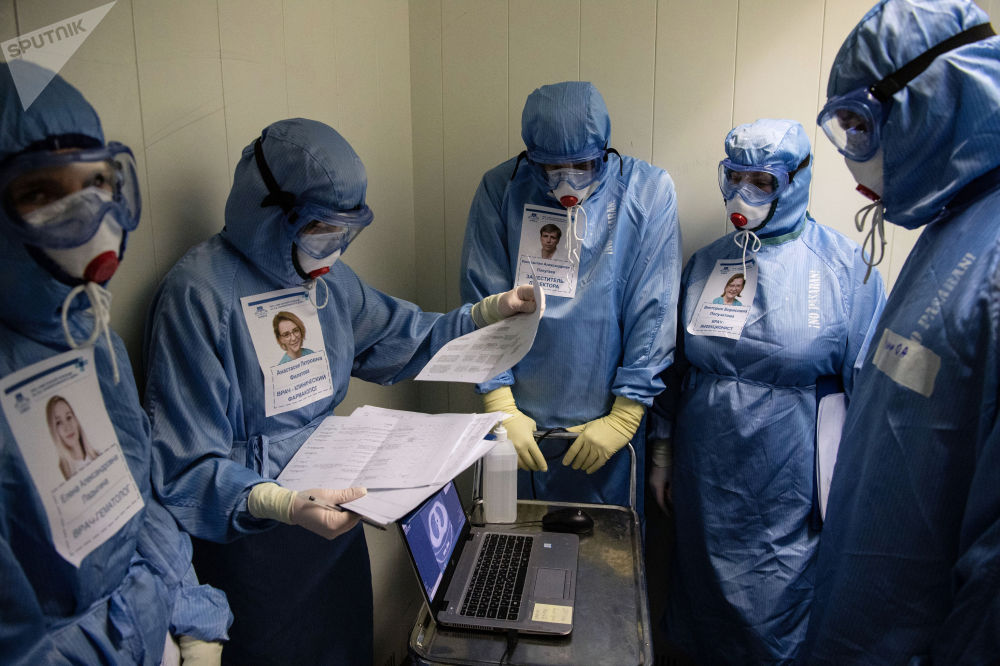 俄羅斯「斯克利福索夫斯基」醫科學院急救站接診新冠患者。