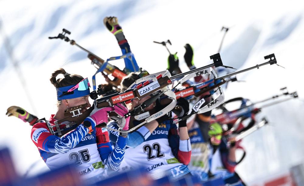 世界杯冬季兩項女子集體起跑項目比賽。