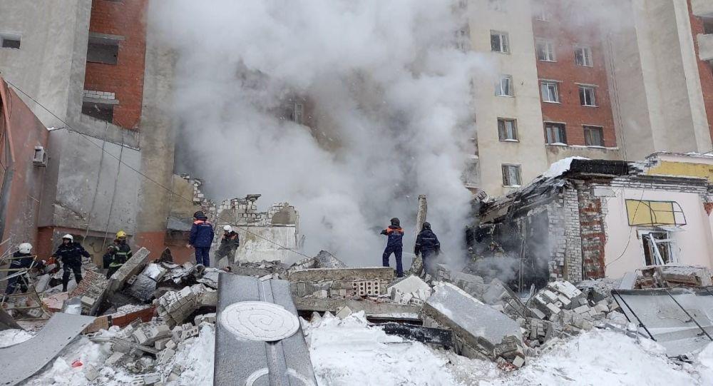 俄下諾夫哥羅德一棟九層樓房的半地下層發生燃氣爆炸