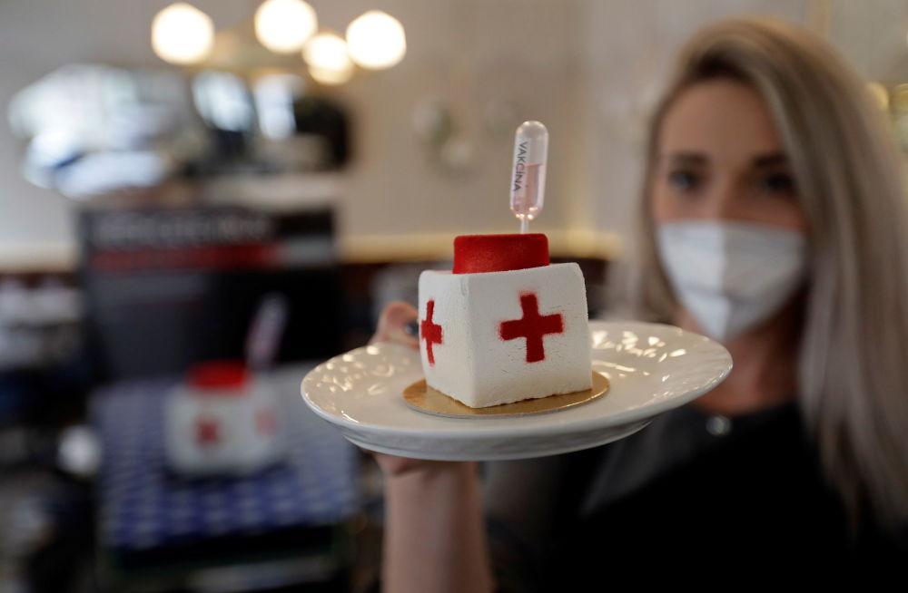 布拉格糖果點心的首次亮相——新冠病毒形狀的甜點。