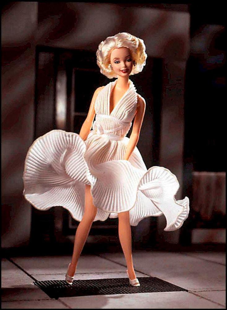 瑪麗蓮·夢露造型的芭比娃娃。