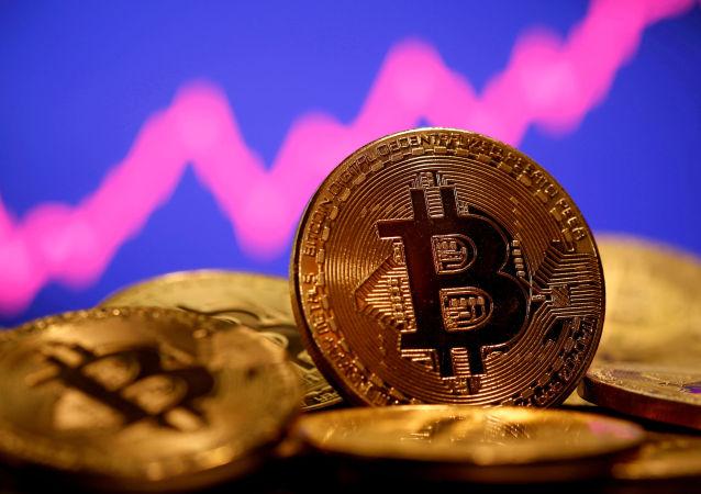 比特幣價格一個月來首次打破歷史紀錄達到6.23萬美元