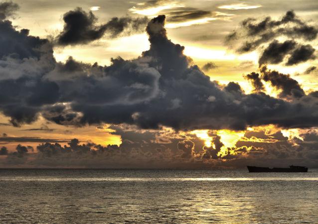 菲律賓東南部海岸附近船隻擱淺 20名船員下落不明
