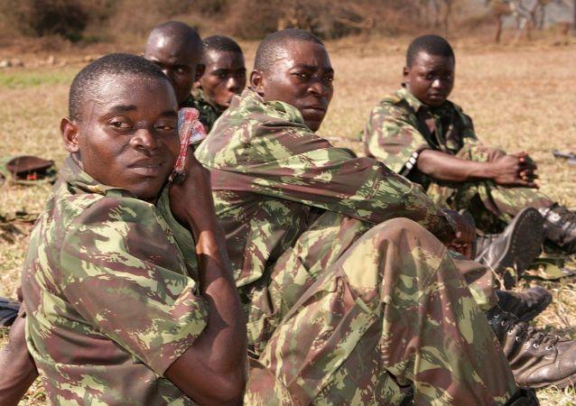 莫桑比克軍人