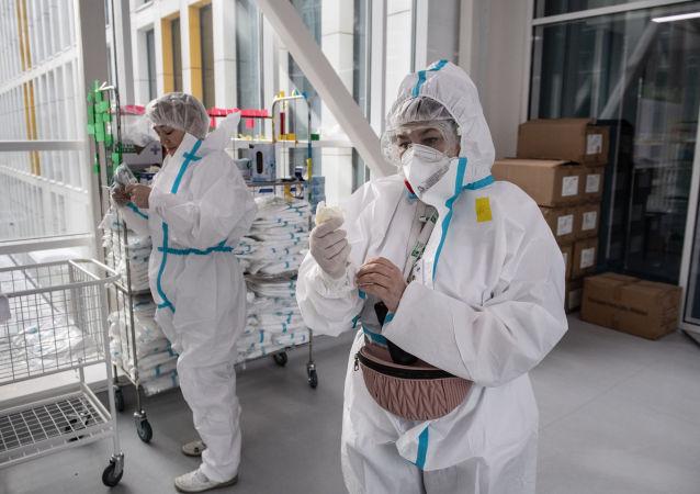 俄防疫指揮部:自去年9月底以來俄單日新增新冠感染病例數創新低