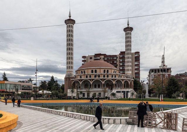 地拉那,Fier 清真寺