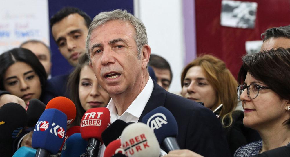 安卡拉市長、「共和人民黨」成員亞瓦斯