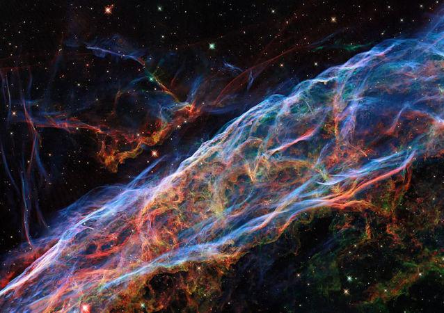 NASA公佈改進後的星雲圖像