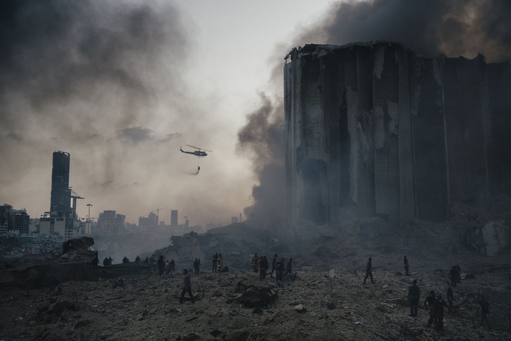 意大利攝影師洛倫佐•圖尼奧利拍攝的潘塔納爾大火系列作品,獲得體育新聞類第一名。