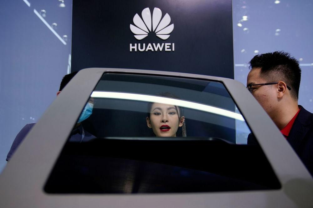 上海國際車展上的華為展台。
