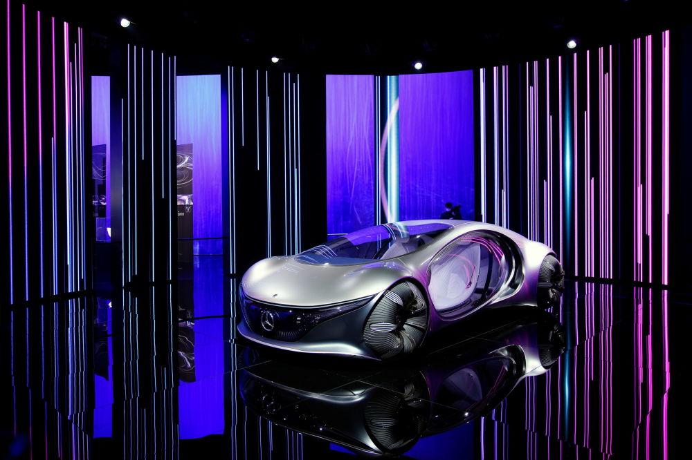 上海國際車展上的奔馳Vision AVTR概念車。