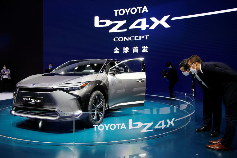 上海國際車展上的豐田BZ4X概念車。