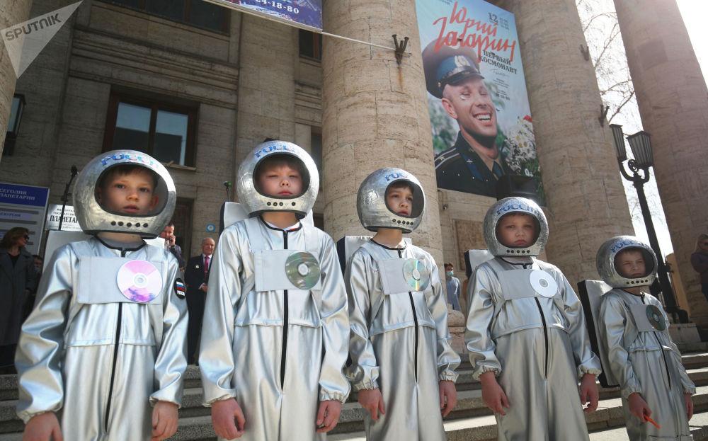 伏爾加格勒舉行活動慶祝俄羅斯航天日。