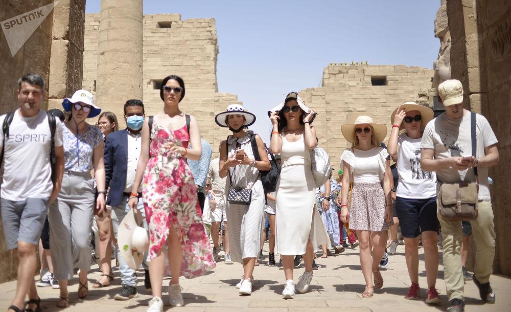 由於新冠疫情,遊客被迫延長在埃及的逗留時間。
