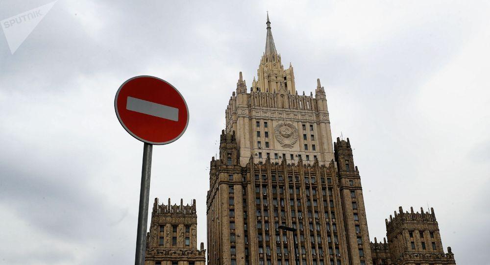 俄羅斯宣佈十名美國外交官為不受歡迎人士