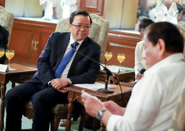 中國駐菲律賓大使黃錫連