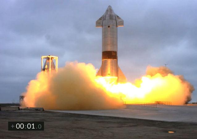 美國SpaceX公司「星際飛船-SN15」原型機在德克薩斯州成功降落