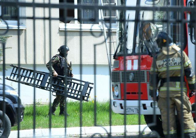 英國駐俄使館就喀山槍擊案發聲:我們與遇難者和受傷者家屬同在