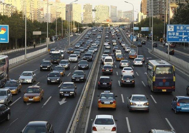 惠譽:中國不太可能20年內停售燃油車