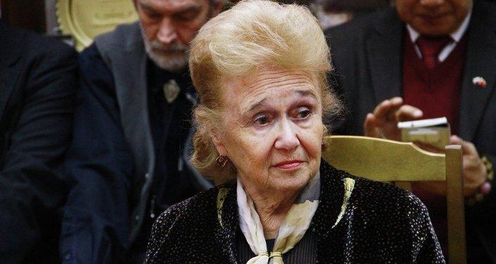 嘉麗娜•庫莉科娃