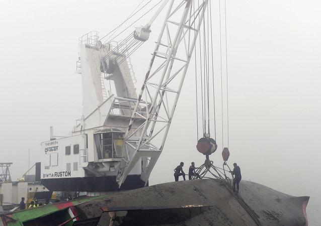 在孟加拉國的輪渡事故已經造成65人死亡