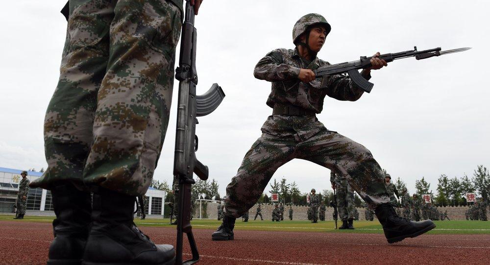 中國2015年軍費預算增加10%