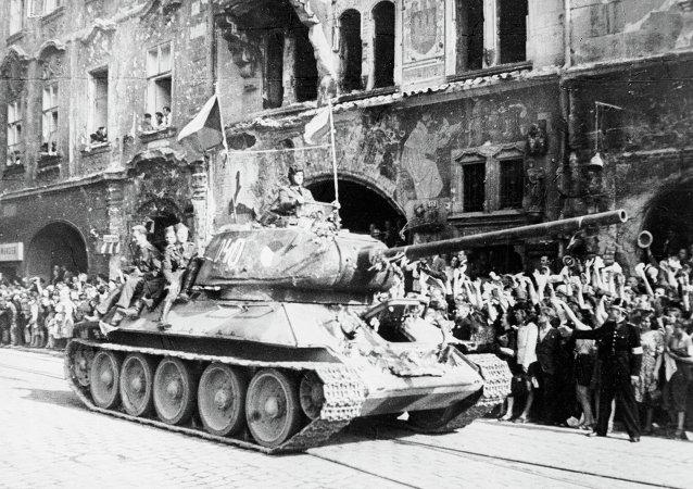 蘇聯紅軍解放布拉格 (1945年5月)