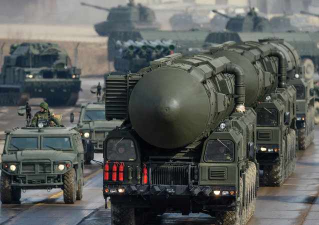 俄總統辦公廳主任:勝利日閱兵式上將展示最新型武器