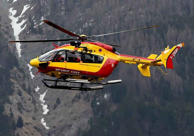 直升機進行搜尋(資料圖片)