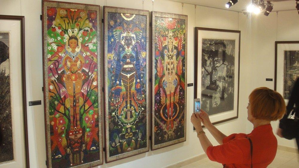 俄羅斯畫家作品在莫斯科中國文化中心展出