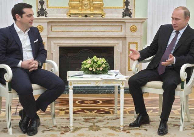 普京:俄羅斯與希臘需研究如何推動雙邊貿易額增長