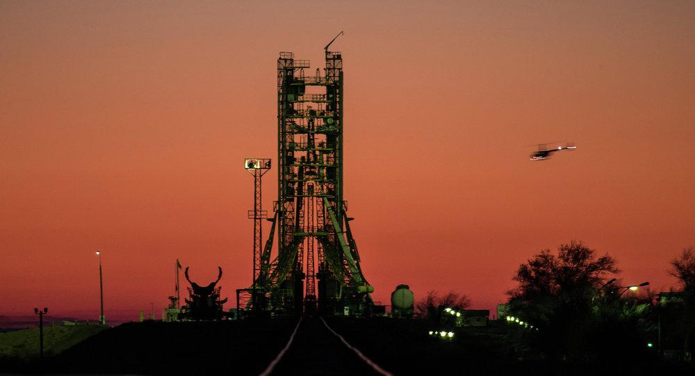 報紙:俄航天署擬開通前往拜科努爾發射場定期航班