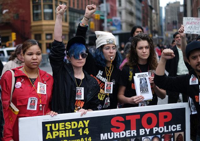 紐約市向警察扼喉致死的非裔美國人家屬賠付近6百萬美元